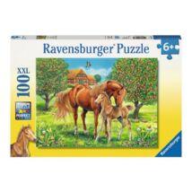 Lovak a mezőn (100 darabos, XXL puzzle)